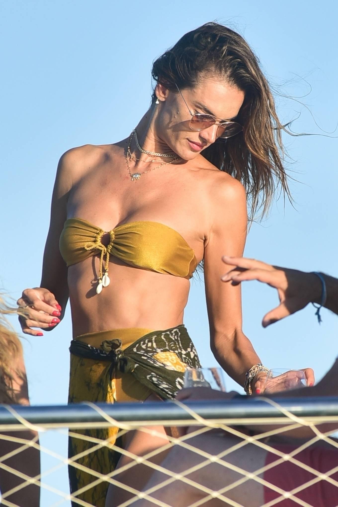 Alessandra Ambrosio - On a luxury yacht in Florianopolis