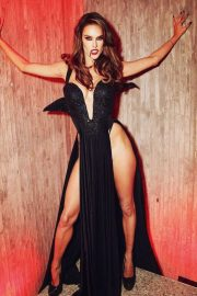 Alessandra Ambrosio on Halloween - Personal Pics