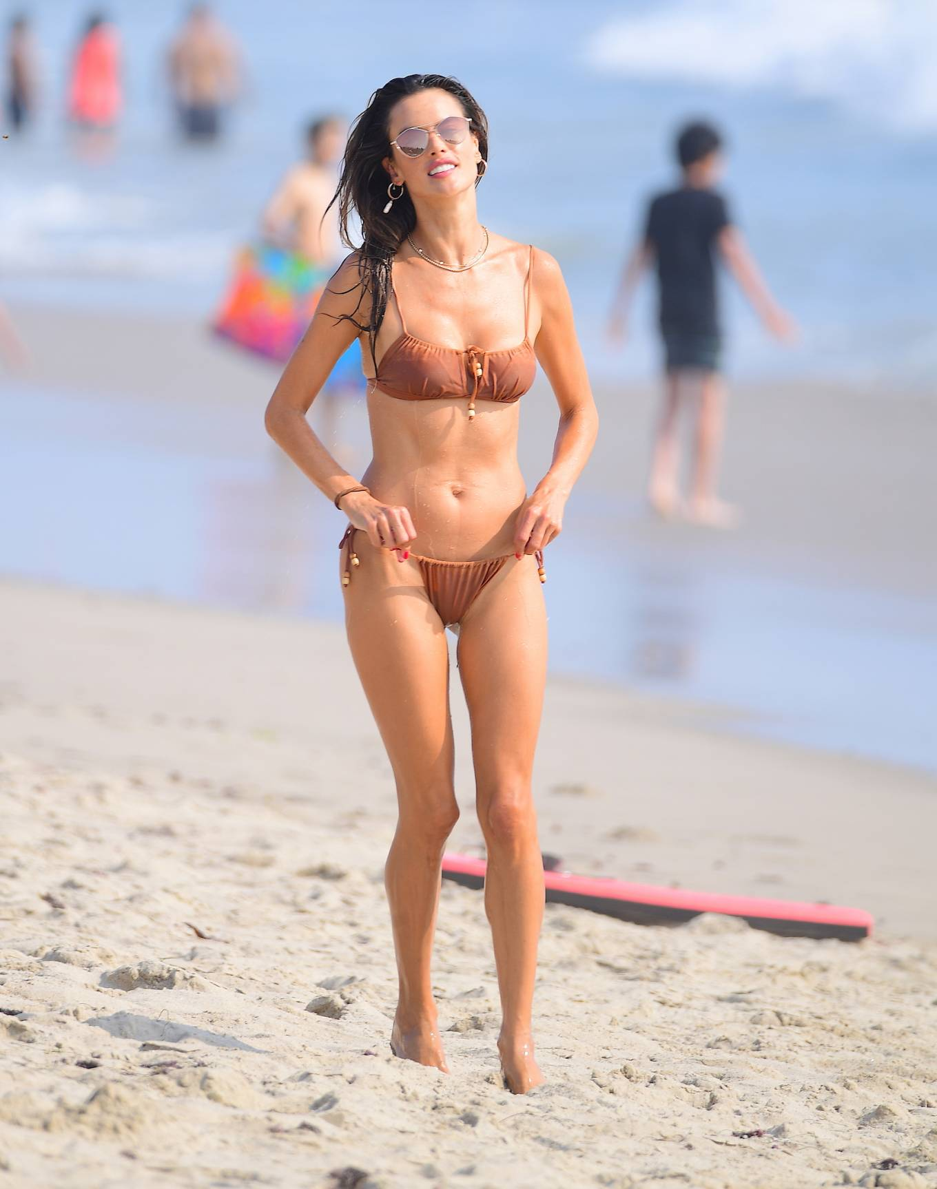 Alessandra Ambrosio 2020 : Alessandra Ambrosio – on the beach in Santa Monica-06