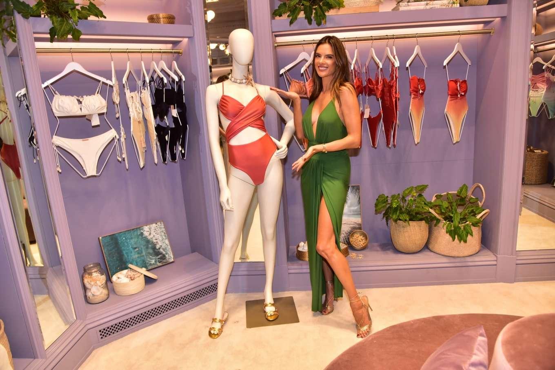 Alessandra Ambrosio 2019 : Alessandra Ambrosio – Opens up her first store for her bikini brand in Sao Paulo-20
