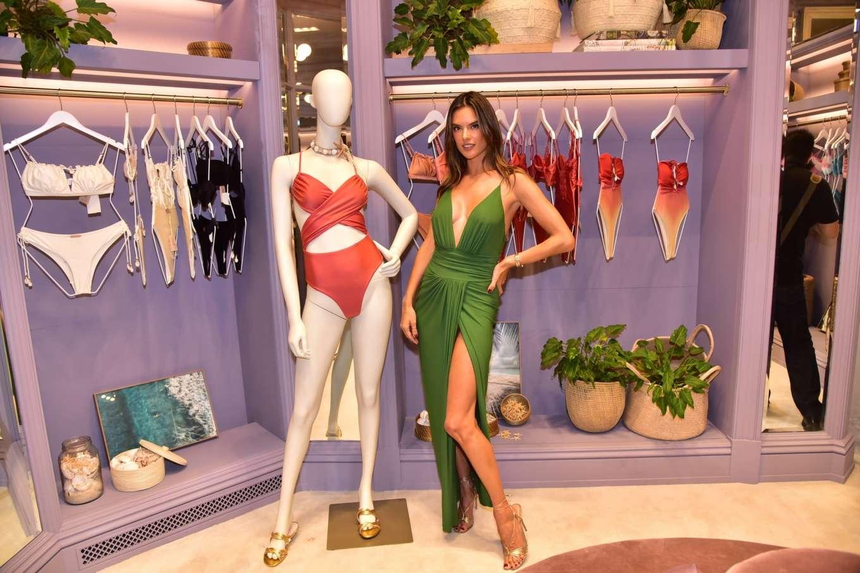 Alessandra Ambrosio 2019 : Alessandra Ambrosio – Opens up her first store for her bikini brand in Sao Paulo-34