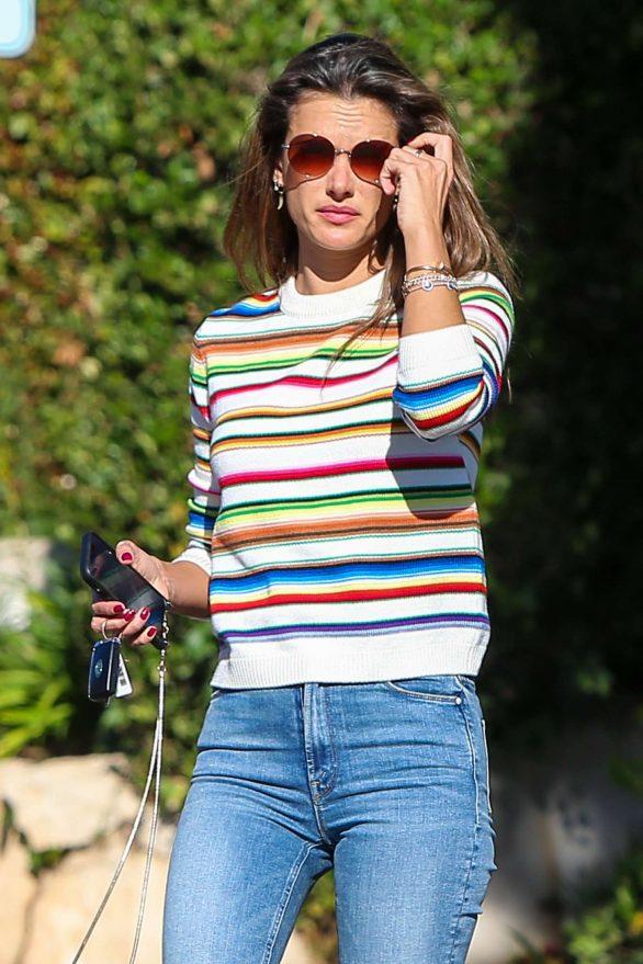 Alessandra Ambrosio 2019 : Alessandra Ambrosio – Out in Los Angeles-07