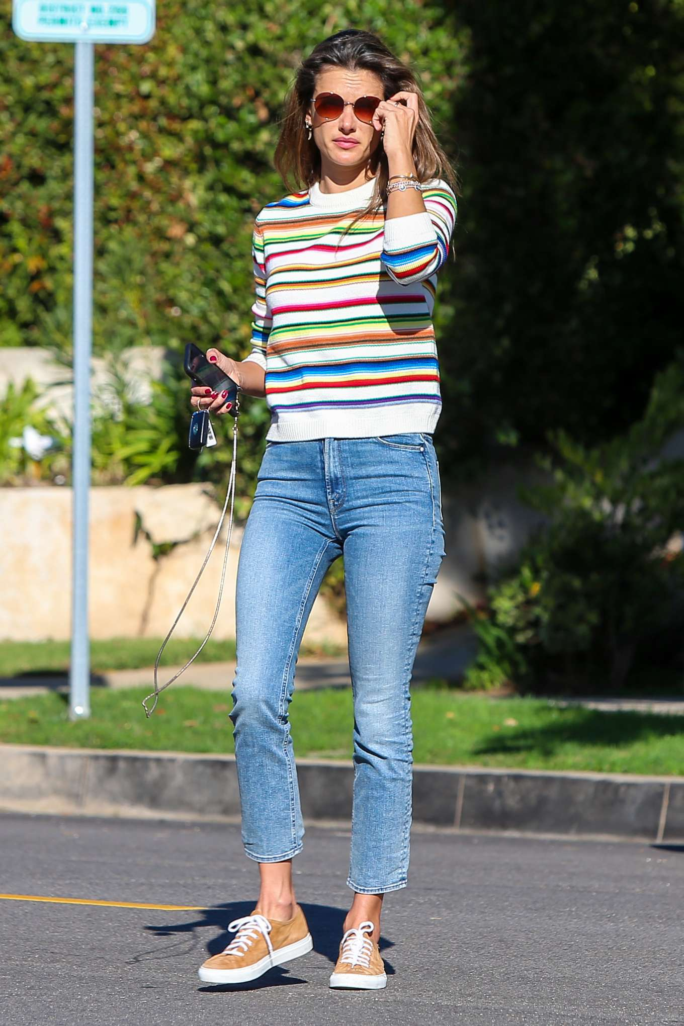 Alessandra Ambrosio 2019 : Alessandra Ambrosio – Out in Los Angeles-09