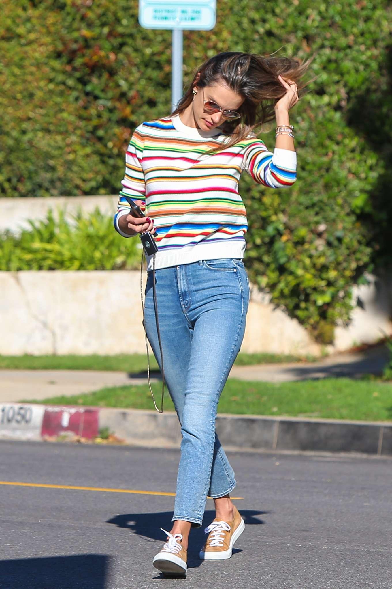 Alessandra Ambrosio 2019 : Alessandra Ambrosio – Out in Los Angeles-20
