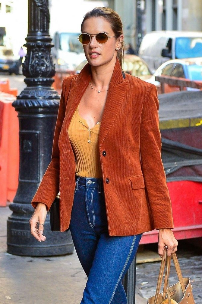 Alessandra Ambrosio – Out in New York