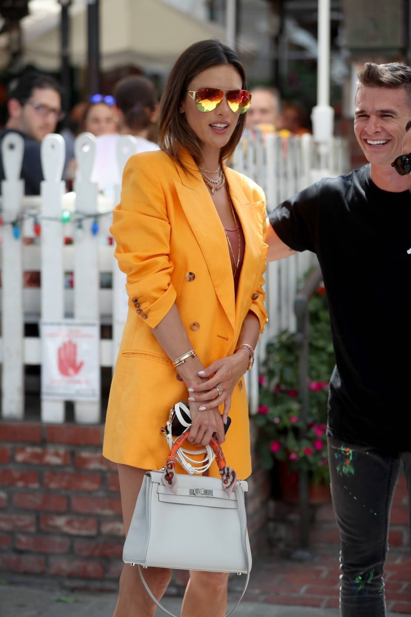 Alessandra Ambrosio 2021 : Alessandra Ambrosio – Pictured at The Ivy for lunch in Beverly Hills-18