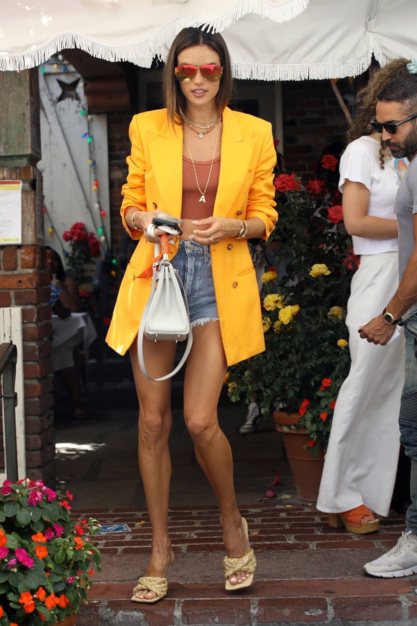 Alessandra Ambrosio 2021 : Alessandra Ambrosio – Pictured at The Ivy for lunch in Beverly Hills-24