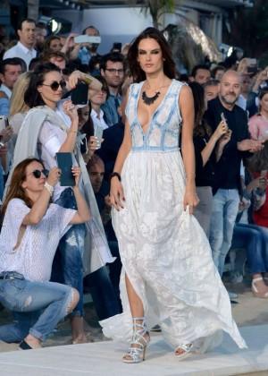 Alessandra Ambrosio: Replay Fashion Show -01