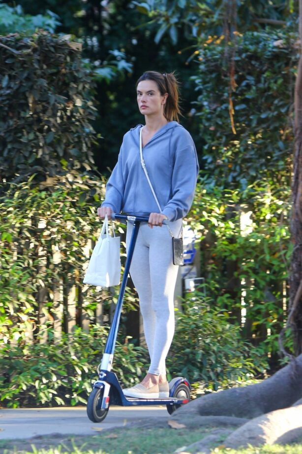 Alessandra Ambrosio - Scooter ride candids in Brentwood