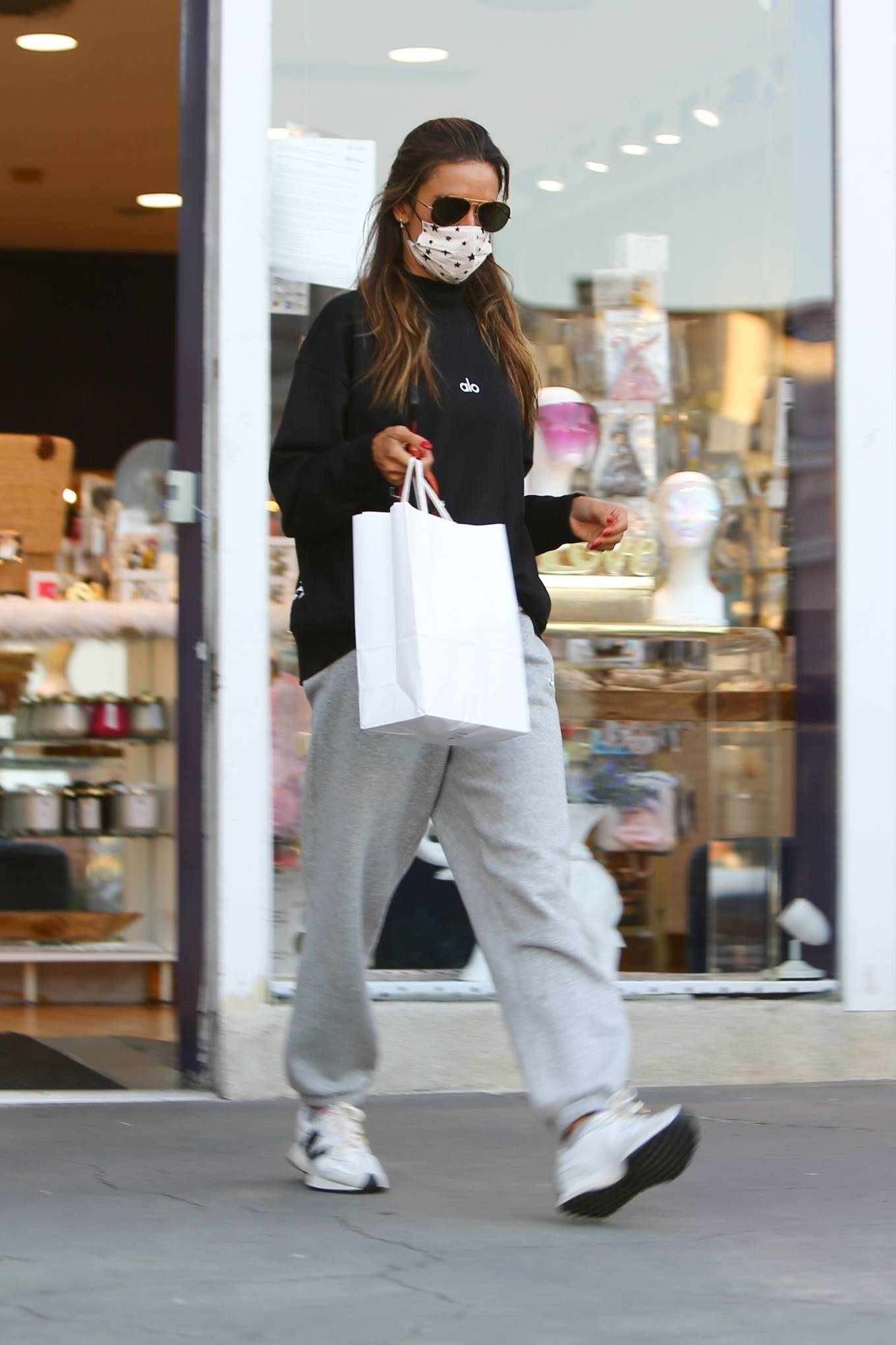 Alessandra Ambrosio - Shopping at Brentwood Beauty Center and Bristol Farms
