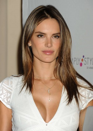 Alessandra Ambrosio - Simple Stylist Do What You Love! Conference in LA