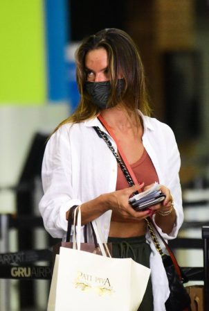 Alessandra Ambrosio - Spotted arriving at the airport in Sao Paulo