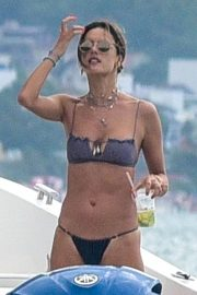 Alessandra Ambrosio - Spotted In a bikini on the beach in Florianópolis