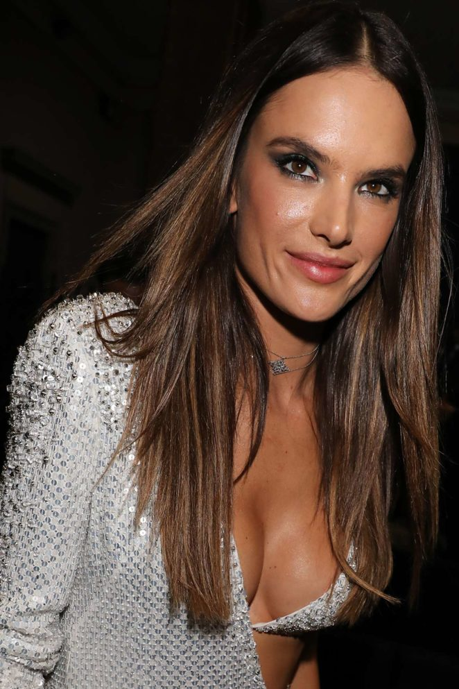 Alessandra Ambrosio – Spotted leaving amfAR Gala in Milano during Spring Summer 2018 Fashion Week