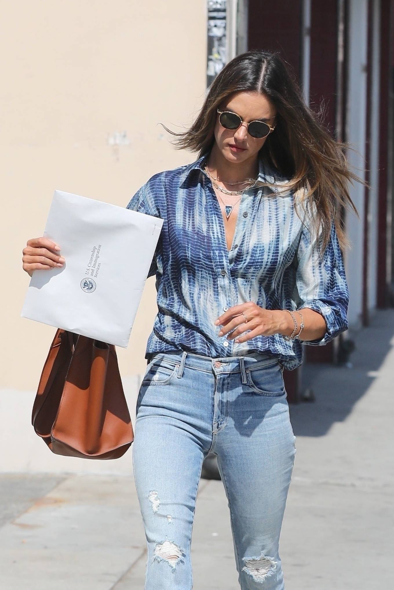 Alessandra Ambrosio - Spotted while exit the Immigration offices in downtown Los Angeles