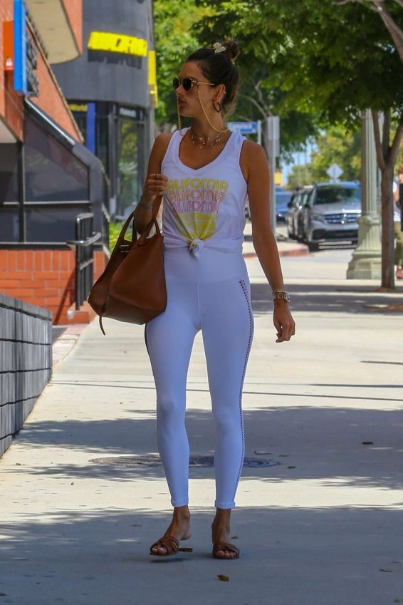 Alessandra Ambrosio 2019 : Alessandra Ambrosio – Spotted while exits a pilates studio in Los Angeles-07