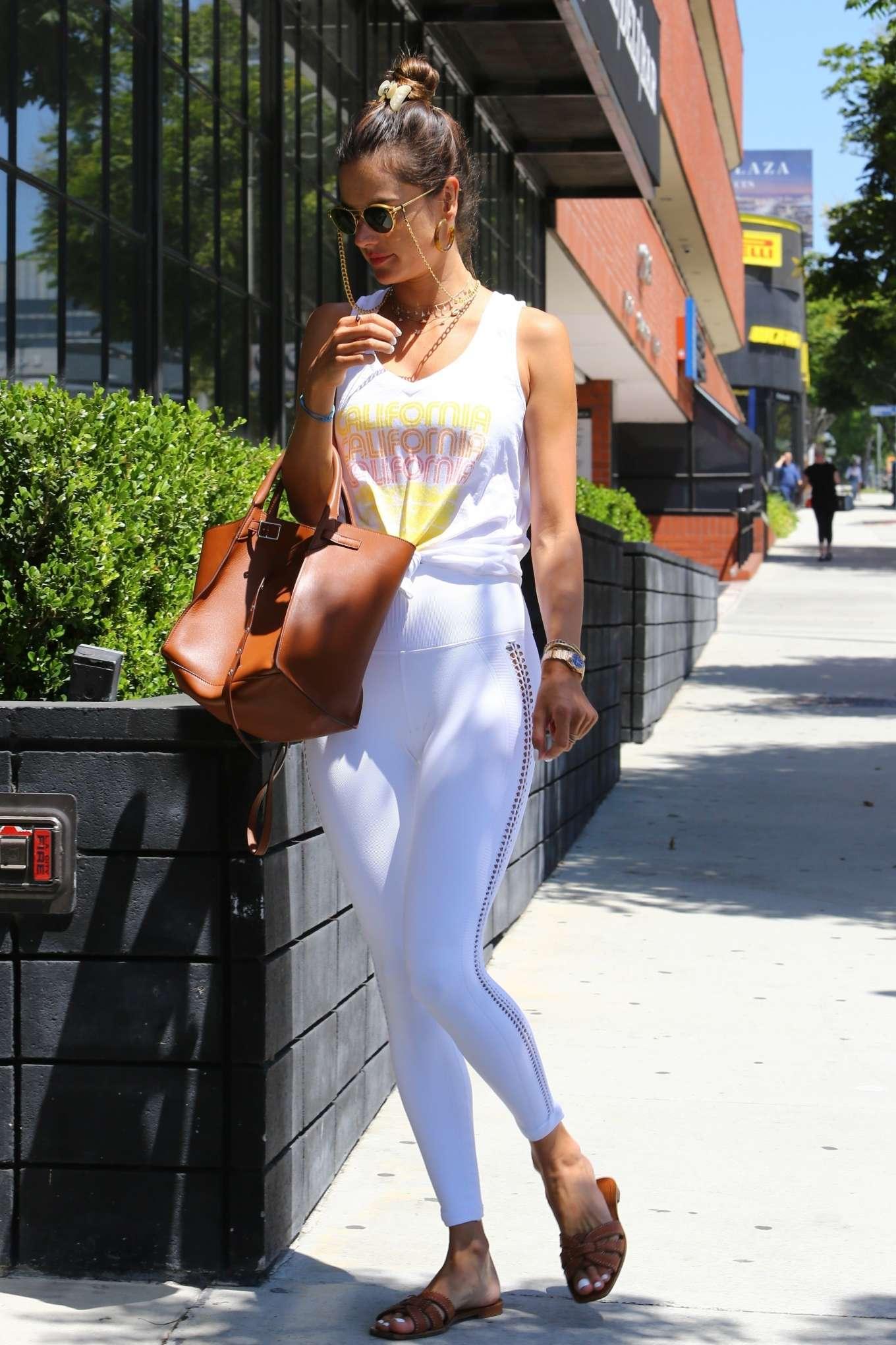 Alessandra Ambrosio 2019 : Alessandra Ambrosio – Spotted while exits a pilates studio in Los Angeles-18