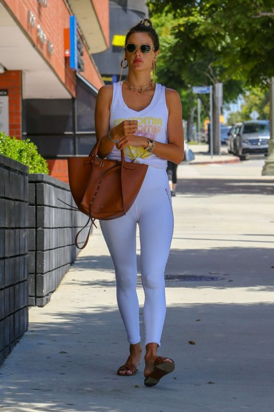 Alessandra Ambrosio 2019 : Alessandra Ambrosio – Spotted while exits a pilates studio in Los Angeles-28