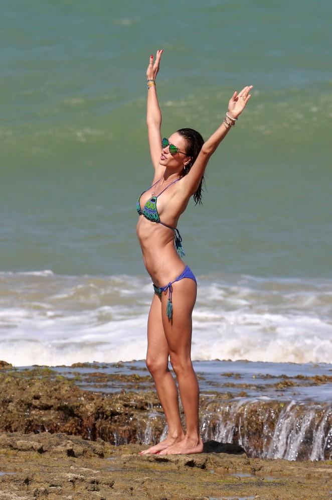 Alessandra Ambrosio 2016 : Alessandra Ambrosio Hot in Bikini -02
