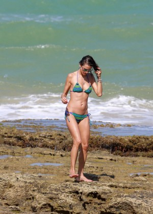 Alessandra Ambrosio Hot in Bikini -04