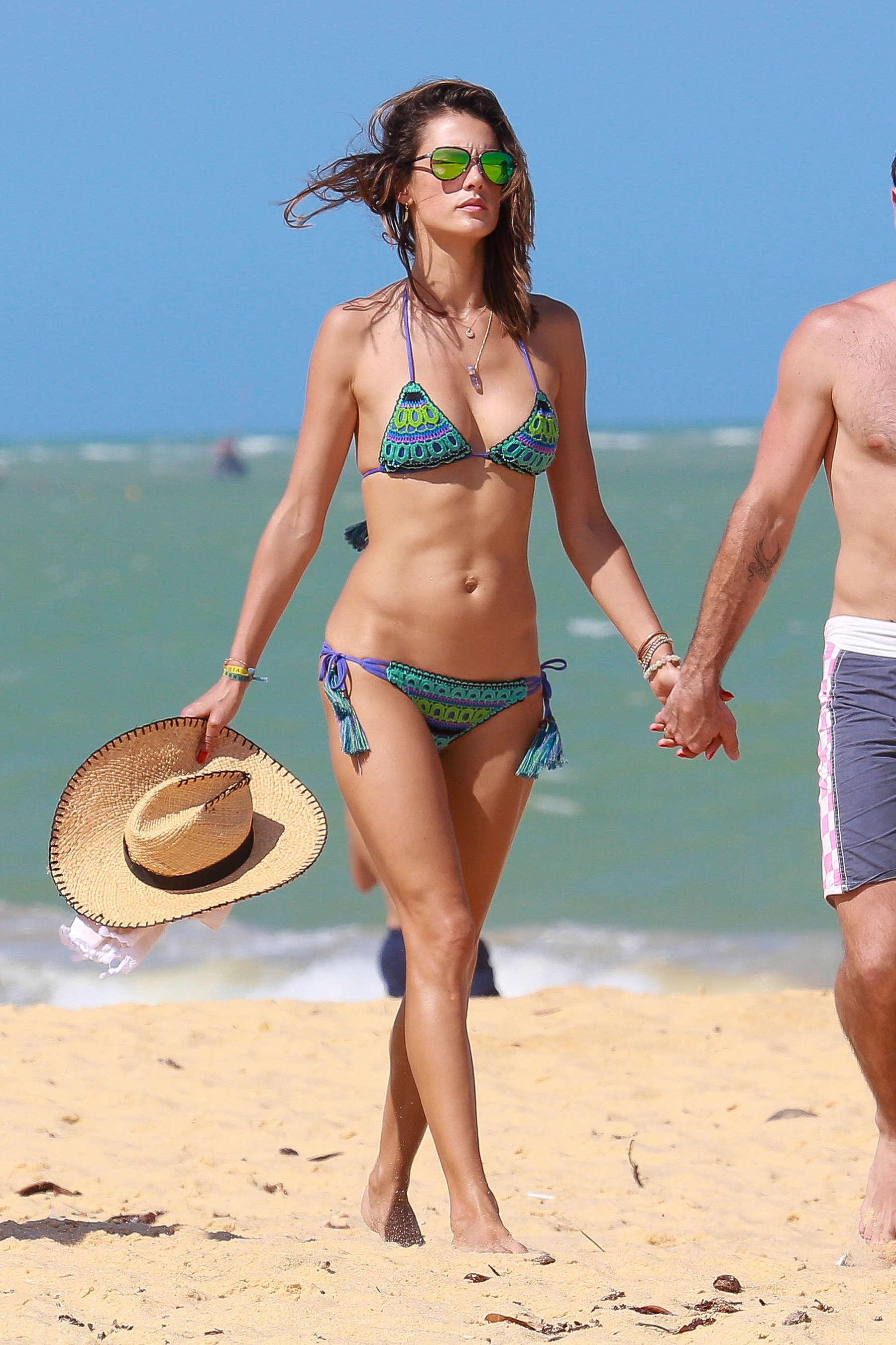 Alessandra Ambrosio 2016 : Alessandra Ambrosio Hot in Bikini -05