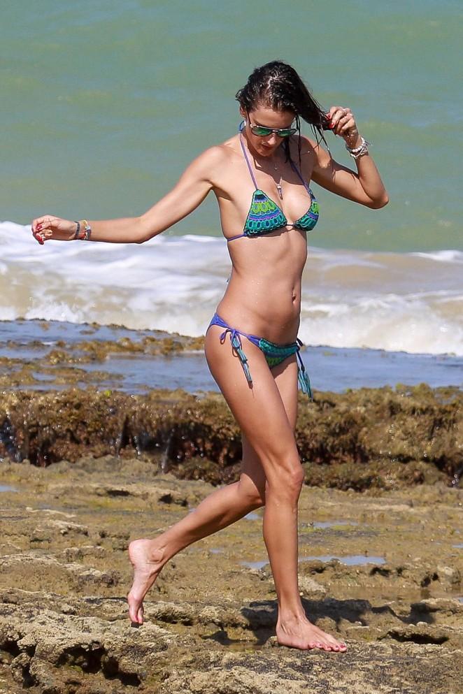 Alessandra Ambrosio 2016 : Alessandra Ambrosio Hot in Bikini -07