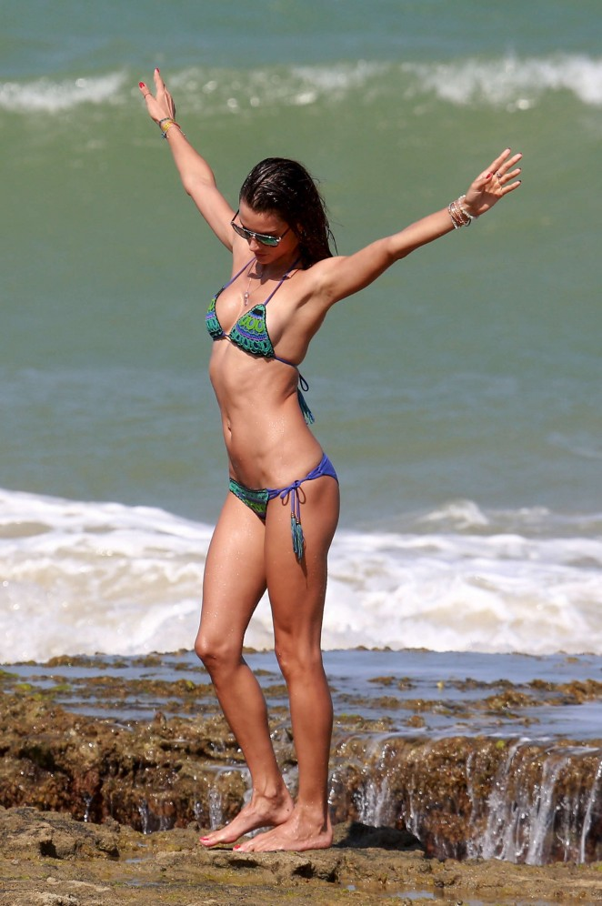 Alessandra Ambrosio 2016 : Alessandra Ambrosio Hot in Bikini -10