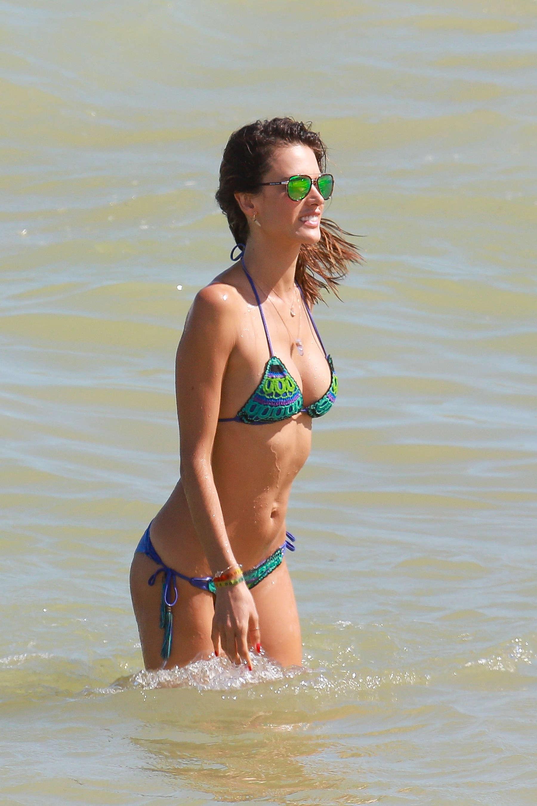 Alessandra Ambrosio 2016 : Alessandra Ambrosio Hot in Bikini -11