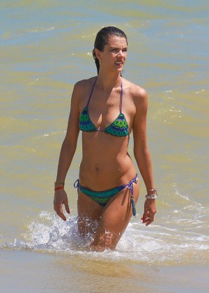 Alessandra Ambrosio Hot in Bikini -16