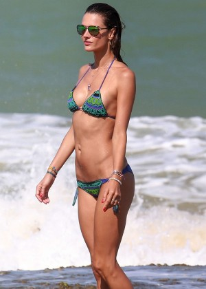 Alessandra Ambrosio Hot in Bikini -19