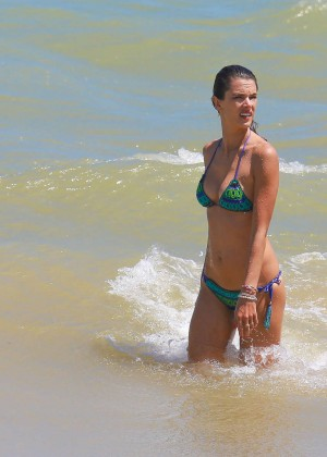 Alessandra Ambrosio Hot in Bikini -25