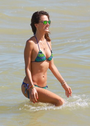 Alessandra Ambrosio Hot in Bikini -29