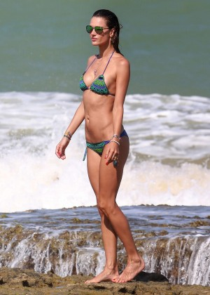 Alessandra Ambrosio Hot in Bikini -32
