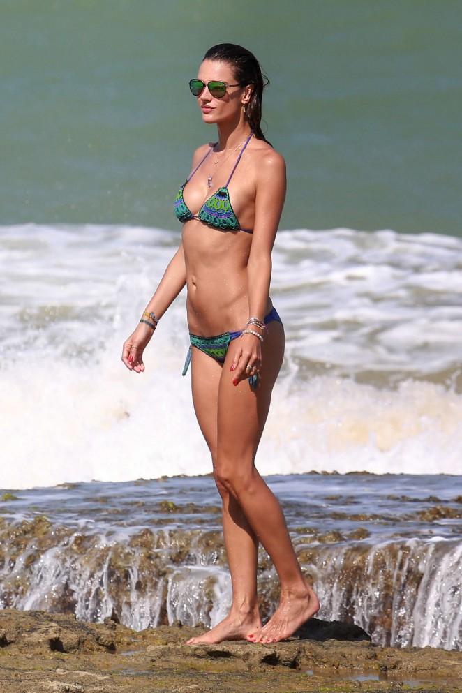 Alessandra Ambrosio 2016 : Alessandra Ambrosio Hot in Bikini -32