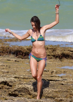 Alessandra Ambrosio Hot in Bikini -41