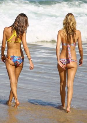 Alessandra Ambrosio Hot in Bikini -34