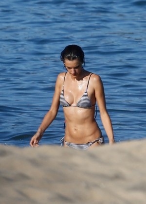 Alessandra Ambrosio in Bikini -11