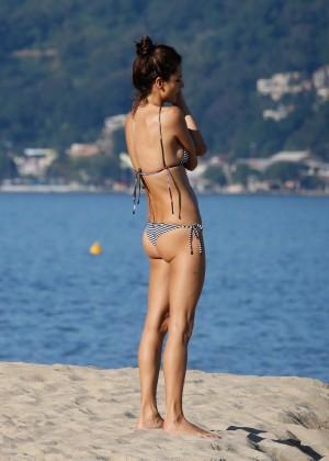 Alessandra Ambrosio in Bikini -14