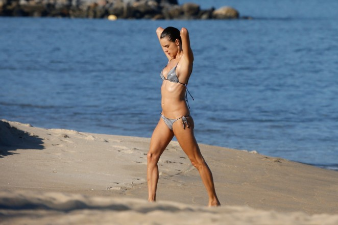 Alessandra Ambrosio in Bikini -46