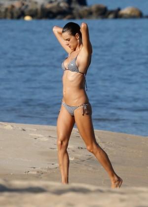 Alessandra Ambrosio in Bikini -48