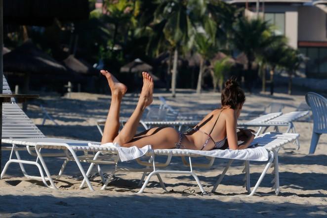 Alessandra Ambrosio in Bikini -54