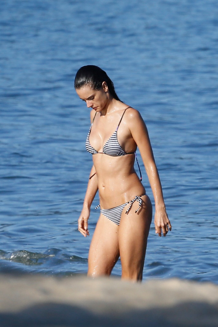 Alessandra Ambrosio 2015 : Alessandra Ambrosio in Bikini -59