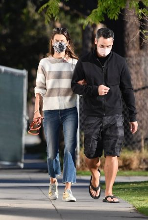 Alessandra Ambrosio - With a mystery man shopping at Williams-Sonoma at Bristol Farms in Brentwood