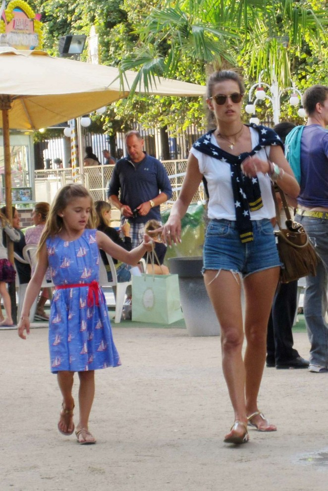 Alessandra Ambrosio With Daughter Anhu in France