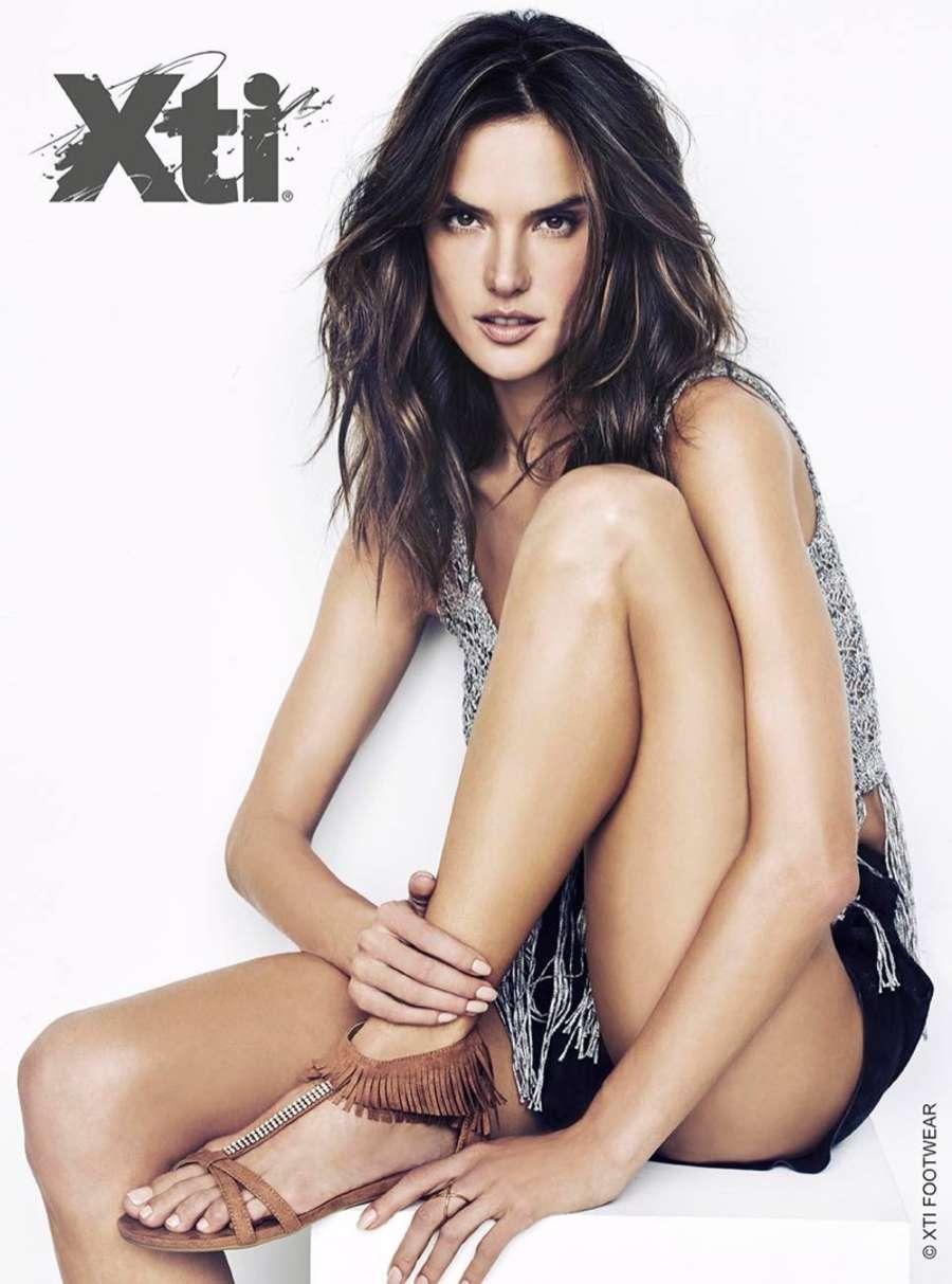 Alessandra Ambrosio: XTI Shoes Campaign 2016 -09