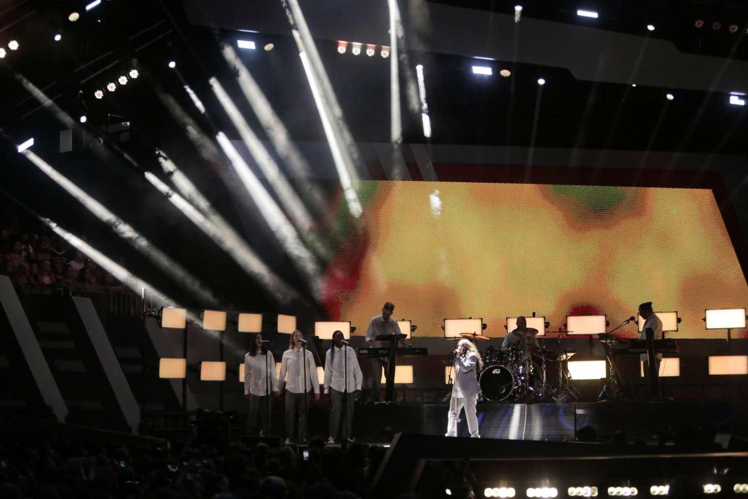 Alessia Cara 2018 : Alessia Cara: 2018 iHeartRadio Much Music Video Awards -06