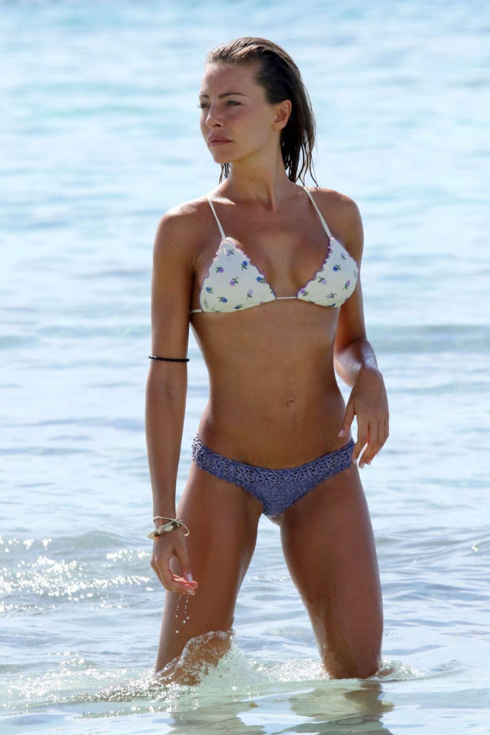 Paparazzi Alessia Tedeschi  nude (14 pictures), Facebook, cameltoe
