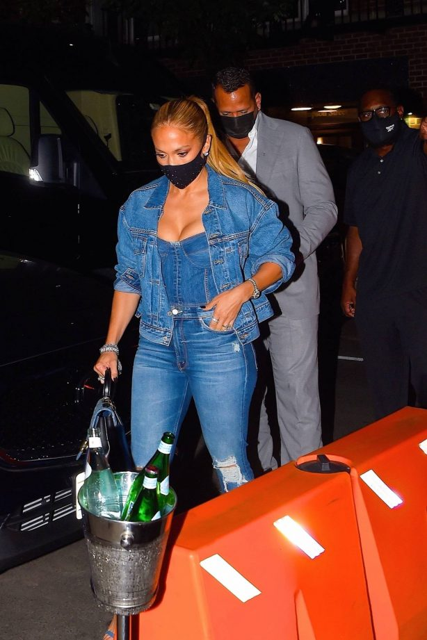 Alex and Jennifer Lopez - Out for dinner date at Carbone restaurant in Manhattan