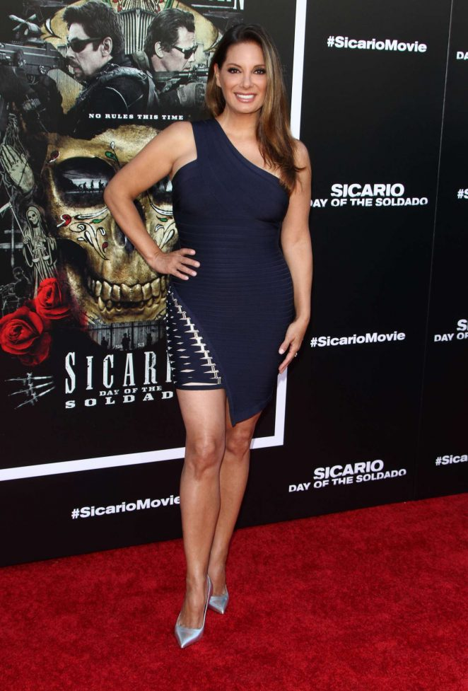 Alex Meneses 2018 : Alex Meneses: Sicario: Day of the Soldado Premiere -01