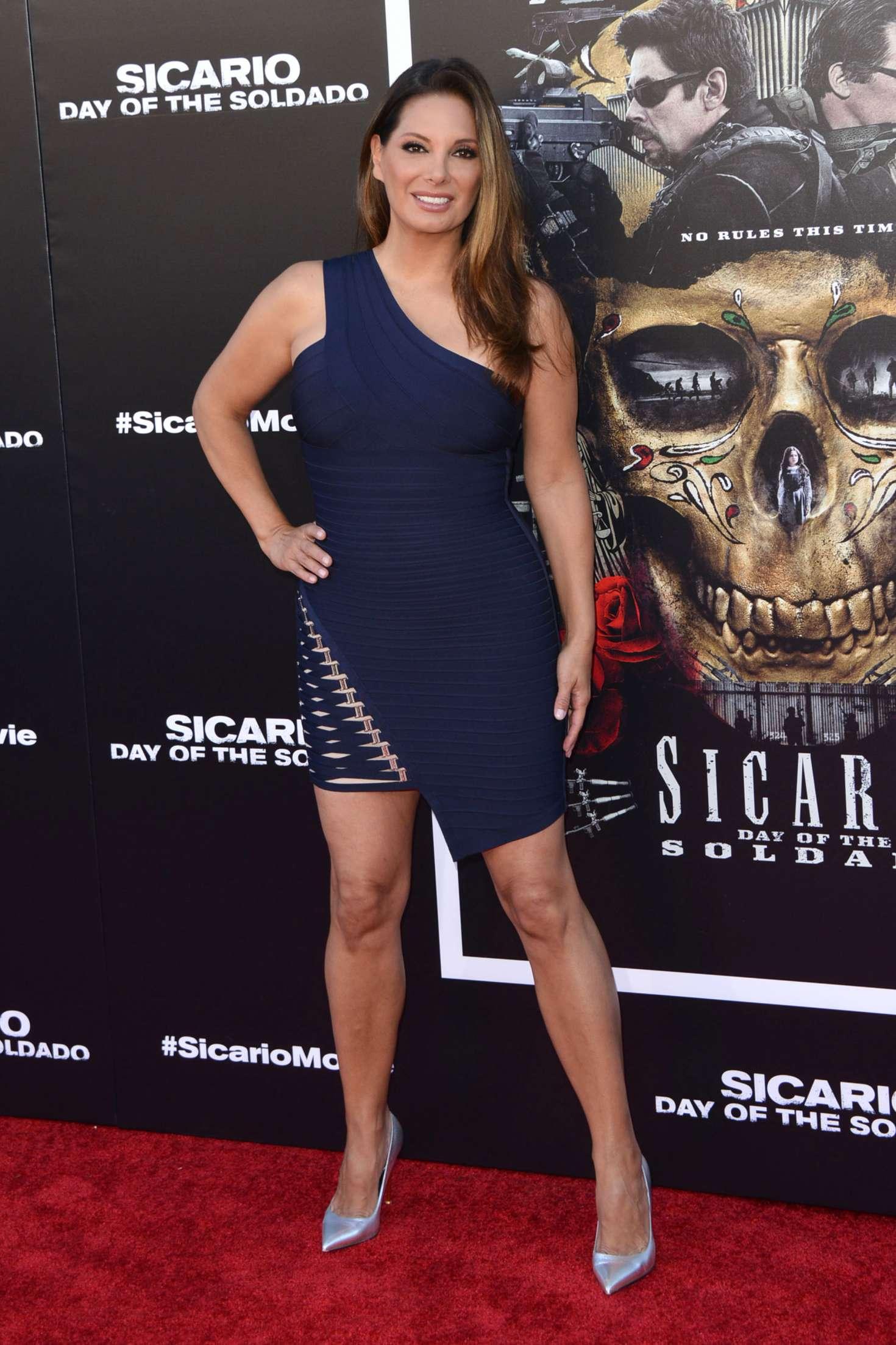 Alex Meneses 2018 : Alex Meneses: Sicario: Day of the Soldado Premiere -05
